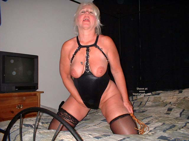Pic #3 - Tammy In Black Mini And Stockings 2