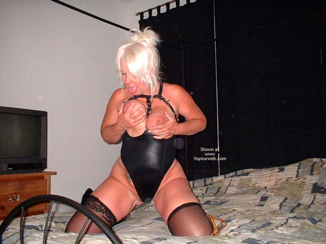 Pic #4 - Tammy In Black Mini And Stockings 2