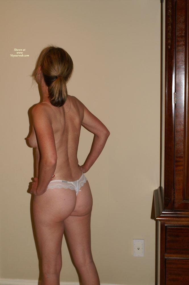 Love her ass!