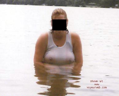 Pic #4 - Lizbell At The Lake