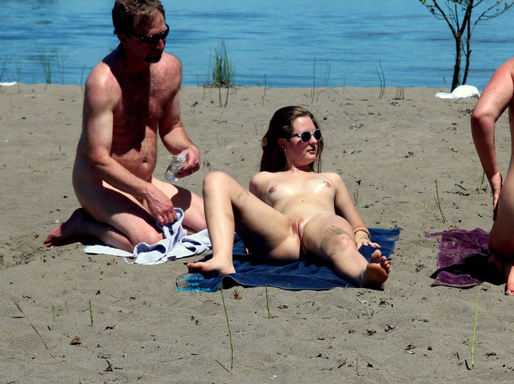 Attracting Attention - Beach Voyeur , A Girl Attracting Attention On A Nude Beach