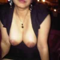 Medium tits of my wife - Su