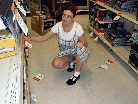 Pic #5 - Lvhornywife Shopping Again