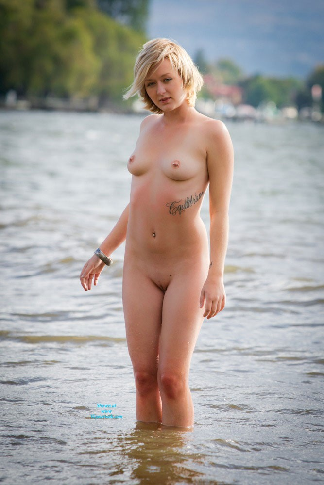 Pic #1 - Sweet Afternoon - Blonde Hair, Pussy Lips, Shaved, Beach Voyeur, Sexy Ass, European And/or Ethnic , She Just Loves To Be Naked With Anyone. Taking Her Picture Is  Dream
