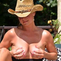 Getting Hot 2 - Big Tits, Pussy, Shaved