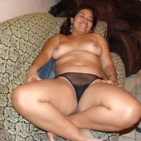 Viejas 3 - Big Tits, Brunette, Latina, Pussy, Shaved