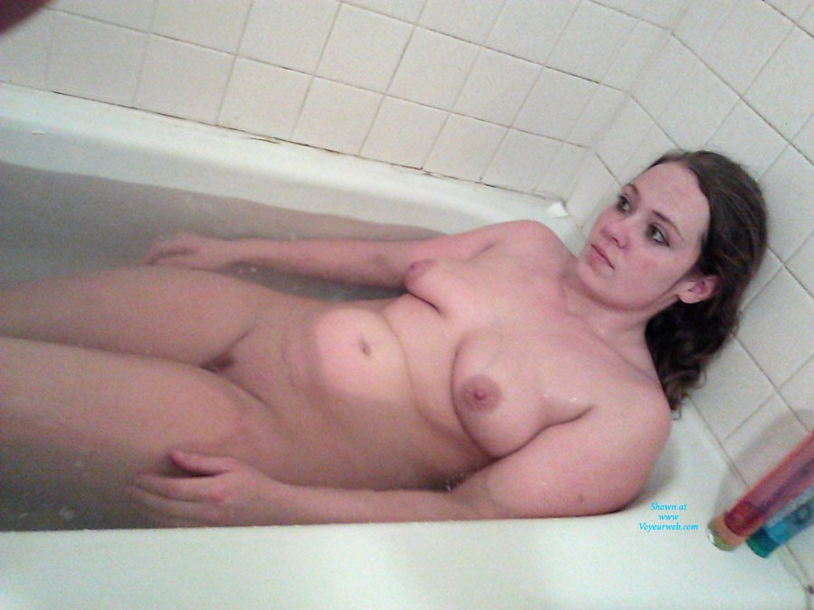 Pic #8 - Buffalo NY Whore - Medium Tits, Brunette, Natural Tits, Wet