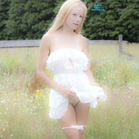 On The Fence - Big Tits, Blonde Hair, Heels, Natural Tits, Nude Outdoors, Perfect Tits, Pussy Lips, Round Ass, Shaved, Sexy Ass, Sexy Lingerie