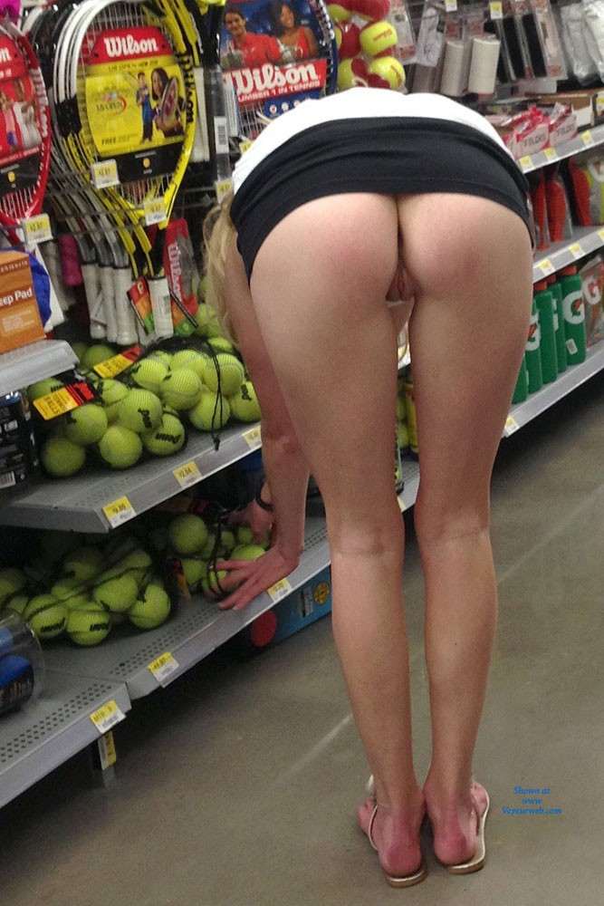 Pic #4 Walmart Flashing - Public Place, Public Exhibitionist, Flashing, Blonde