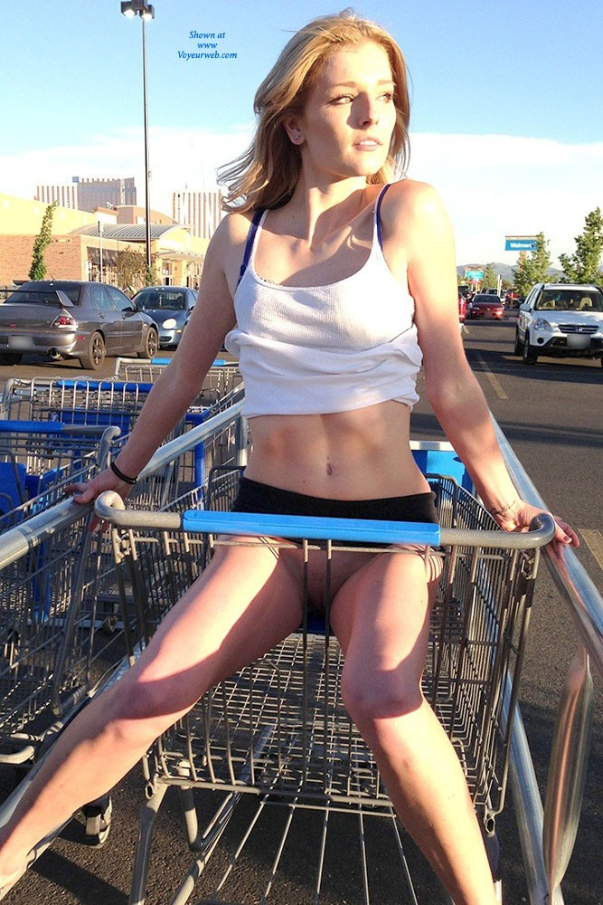 Pic #3 Walmart Flashing - Public Place, Public Exhibitionist, Flashing, Blonde