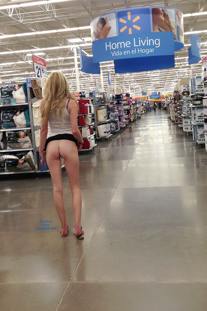 Pic #9 Walmart Flashing - Public Place, Public Exhibitionist, Flashing, Blonde