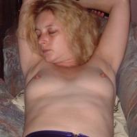 Medium tits of my wife - Tanya