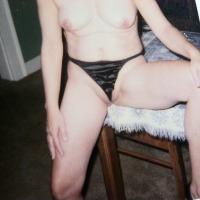 Medium tits of my wife - siszy