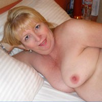 Hot MILF Loves Exposure - Big Tits, Blonde, Mature, MILF