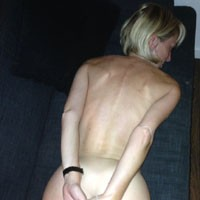 Quelques Clichés - Blonde, Firm Ass
