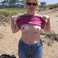 Small tits of my wife - Calif Milf