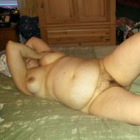 Laying Around and Playing - Wife/Wives, Bush Or Hairy, BBW, Pussy