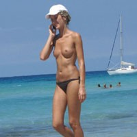Paradise is in France - Beach Voyeur