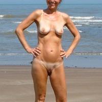 My medium tits - Lisa