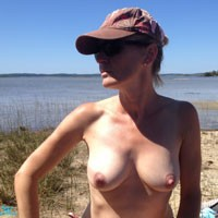 Naturel On The Beach - Hard Nipples, Beach, Medium Tits