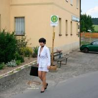 Julia Donates Here Clothes (1)