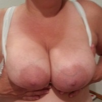 Large tits of my wife - Jonzer