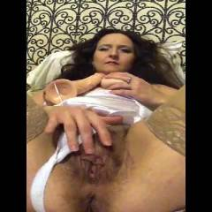 Lori Enjoying Her Toys - Blowjob, Brunette, Masturbation, Toys, Bush Or Hairy