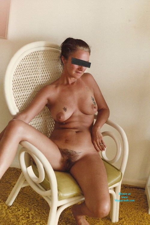 Pic #3 - Hairy Pussy - Wife/Wives, Bush Or Hairy, Mature, Beach, Brunette, Medium Tits, Pussy, Tattoos