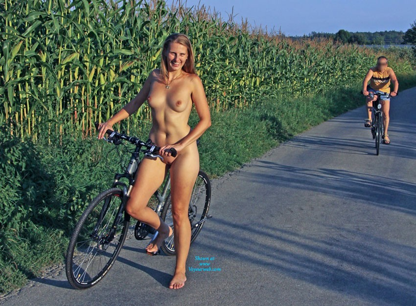 Bri Riding ... Her Bike - Blonde Hair, Exposed In Public, Natural Tits, Nude In Public, Perfect Tits, Shaved, Sexy Ass, European And/or Ethnic , This Year We Have A Great Late Summer Here In Germany. Perfect Weather For A Bike Ride ... ;)