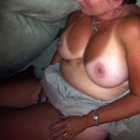 Large tits of my wife - Lou