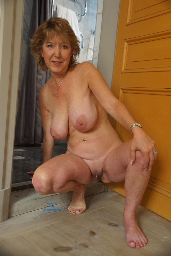 Bhuge deep fat pussy galleries
