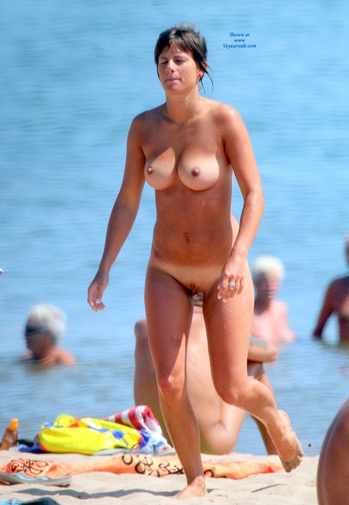 In The South of France .. Nude Beach 2 - Beach Voyeur , I ALWAYS LOVE PUSSIES AND ASSES...IF YOU ARE INTERESTED BY PICTURES CONTACT ME...