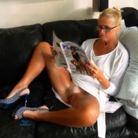 Salacia lll - Blonde, Striptease