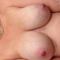 Medium tits of my wife - Baby d