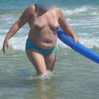 Para Que Todos la Contemplen - Beach, Big Tits, BBW
