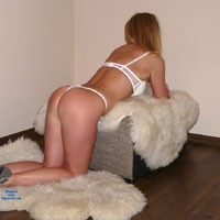 May I Look Good Enough ? - High Heels Amateurs, Lingerie, Blonde, Firm Ass