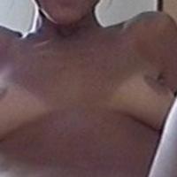 Medium tits of my girlfriend - pricess