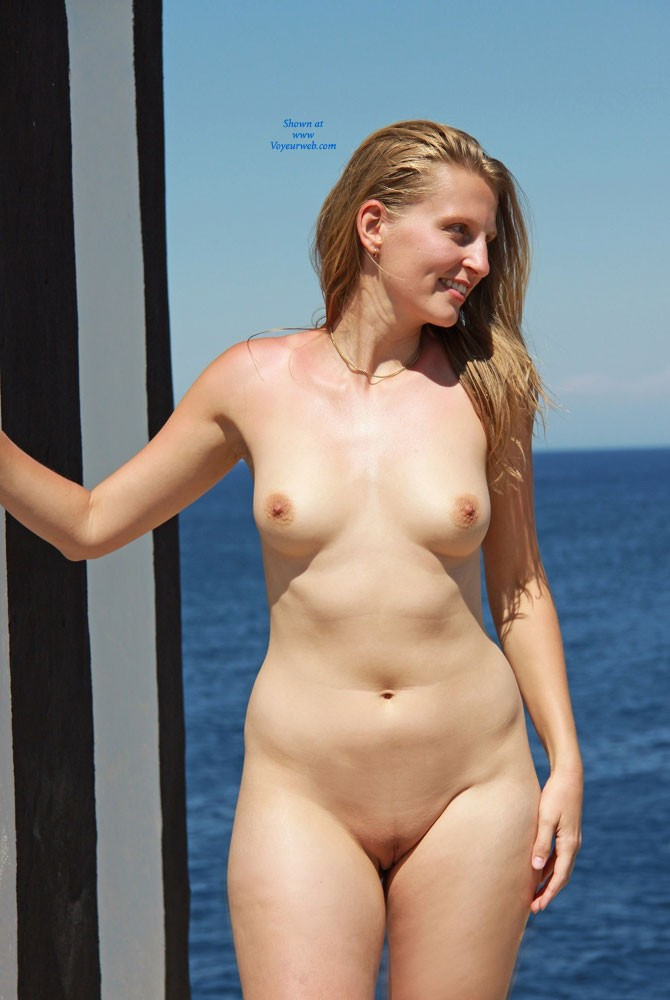 Big Boobs White Girl Cute Naked
