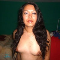 Para Ti, Cari - Brunette, Latina, Natural Tits, Pussy, Shaved, Small Tits