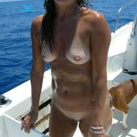 Offshore - Brunette