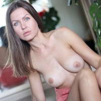 Nicole - Sexy September - Big Tits, Brunette Hair