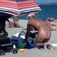 Barcelona Mar Bella - Beach Voyeur
