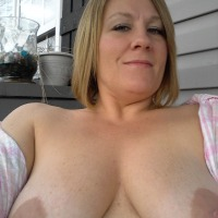 Large tits of a neighbor - Lynn