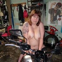 Sexy - Big Tits, Redhead, Tattoos