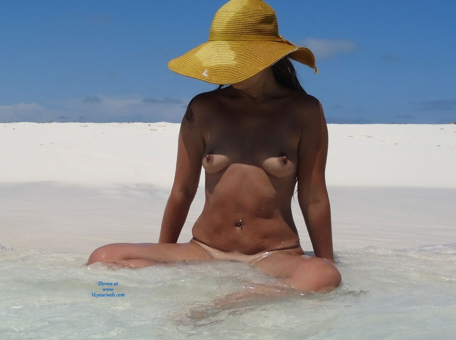 Pic #1 - Just Topless - Bikini, Hard Nipple, Natural Tits, Wet, Beach Voyeur , Some Pics
