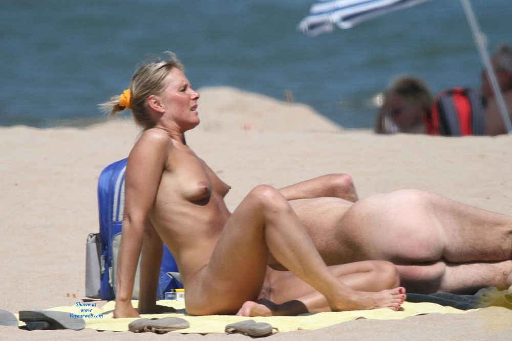 French nudist beaches — 12