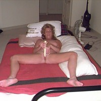 Playing in Bed - Mature, Shaved