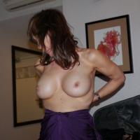 Medium tits of my room mate - Big ones