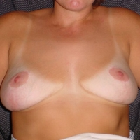 Very large tits of my wife - Giftgirl