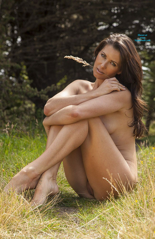 Pic #8 - Naked in The Sun - Brunette, Nature, Beautiful Ass, Firm Ass, Hard Nipples, Round Tits, Shaved